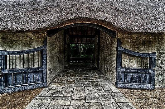 Danny Hooks - Gateway to the Garden