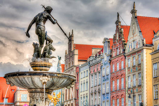 Gdansk Old Town by Roman St