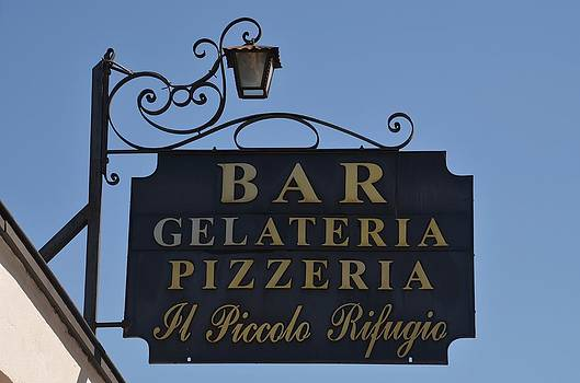 Gelateria Pizzeria by Dany Lison