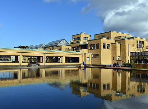 Gemeentemuseum The Hague by Eric Keesen