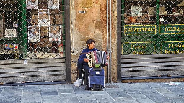 Herb Paynter - Genoa Street Musician