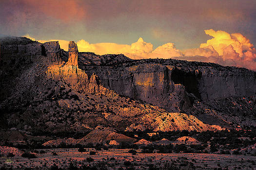 Georgia O Keefes Ghost Ranch House - Last Moments of Sun by Douglas MooreZart