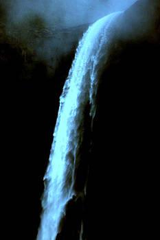 Lynn Bawden - Ghost Falls