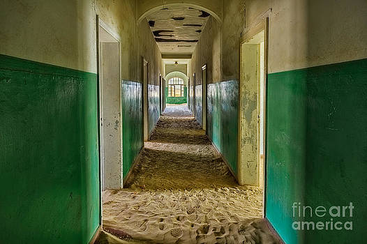 Katka Pruskova - Ghost Town 247