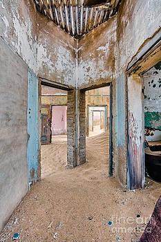 Katka Pruskova - Ghost Town 290