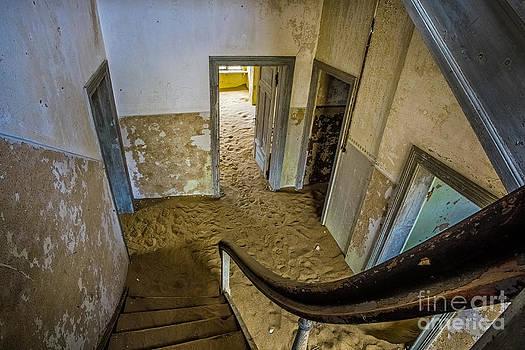 Katka Pruskova - Ghost Town 354