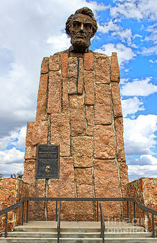 Gregory Dyer - Giant Head Of Abraham Lincoln In Laramie Wyoming - 02
