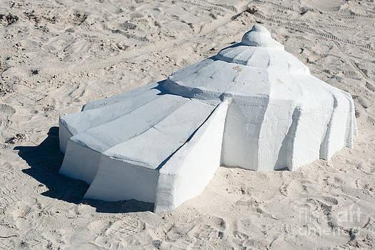 Ian Monk - Giant Shell Sculpture 3  - Key West
