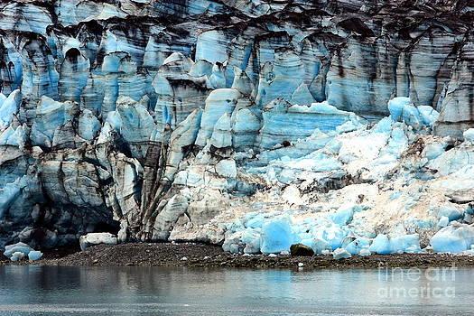 Sophie Vigneault - Glacier and Sediments