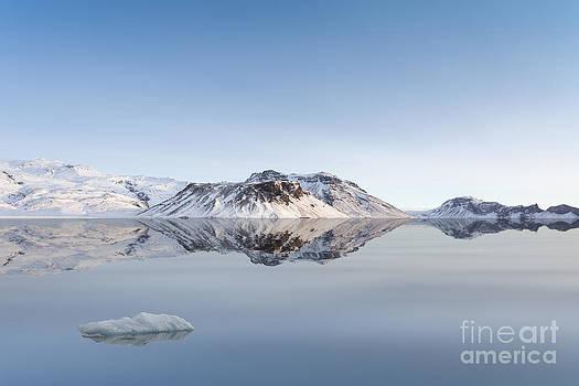Glacier by Bahadir Yeniceri