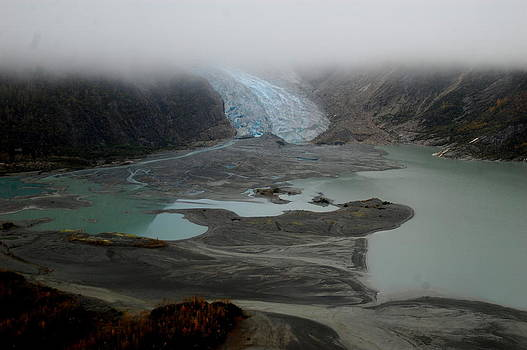 Glacier north of Juneau by Sarah King