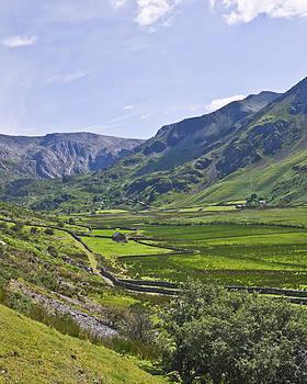 Glan Ogwen Wales by Jane McIlroy