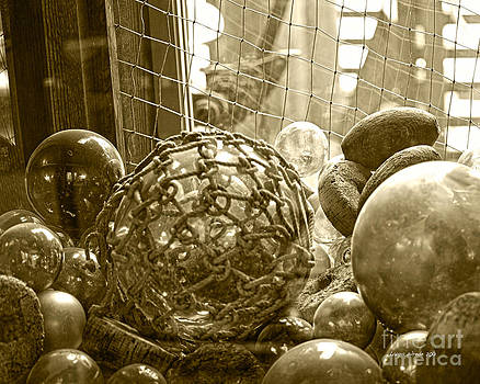 Artist and Photographer Laura Wrede - Glass Balls Japanese Glass Buoys