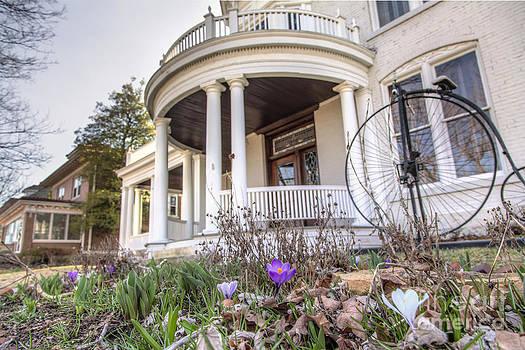 Larry Braun - Gllenn House