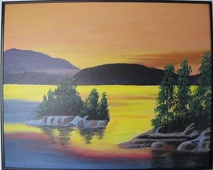 Glorious sunrise by Lorraine Bradford