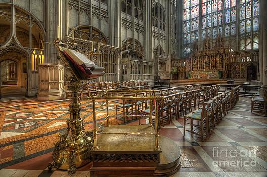 Yhun Suarez - Gloucester Cathedral 4.0