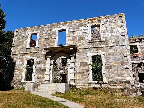 Christine Stack - Goddard Mansion Ruins II