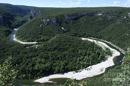 BERNARD JAUBERT - Going down Ardeche River on canoe. Ardeche. France