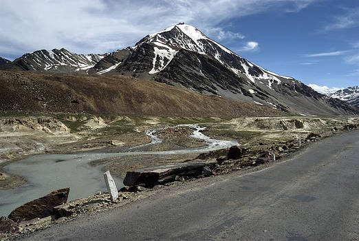 Going with the flow...on the worlds Highest Roads by Rohit Chawla