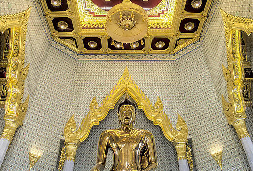 Paul W Sharpe Aka Wizard of Wonders - Golden Buddha Wat Traimit