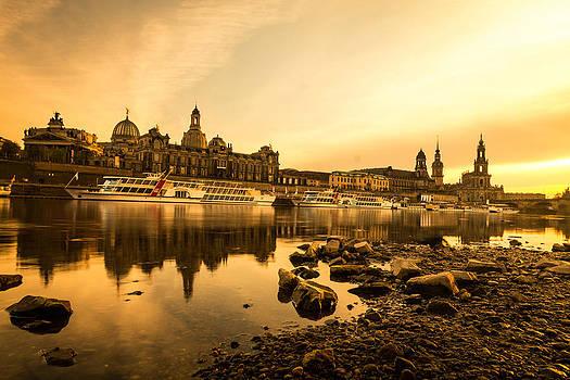 Golden Dresden  by Musa GULEC