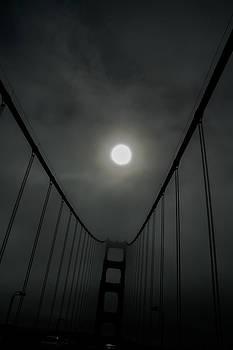 Roger Mullenhour - Golden Gate Bridge and Fog