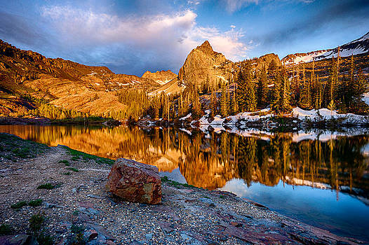 Golden Mountain Light by Kevin Rowe