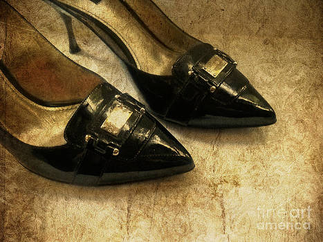 Golden  Shoes by Victoria Kir