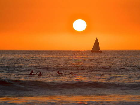 Golden Sunset by Eleu  Tabares
