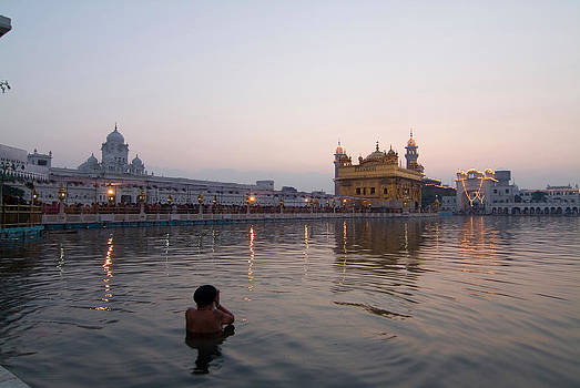 Devinder Sangha - Golden Temple at early morning