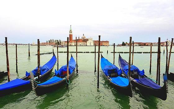 Bishopston Fine Art - Gondolas and San Giorgio Maggiore