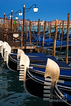Delphimages Photo Creations - Gondolas at night
