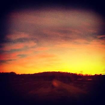 Good Morning by Michelle Beattie-kacy