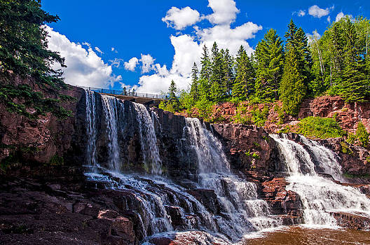 Gooseberry Falls by Lonnie Paulson