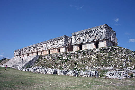 Governors Palace Uxmal by Al Blount