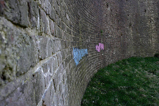 Graffiti Curved wall. Drop Redoubt by Quirky Jen Photos