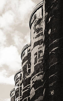 Arkady Kunysz - Grain silos