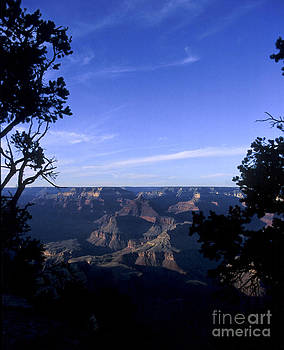 Grand Canyon 2 by Alan Oliver