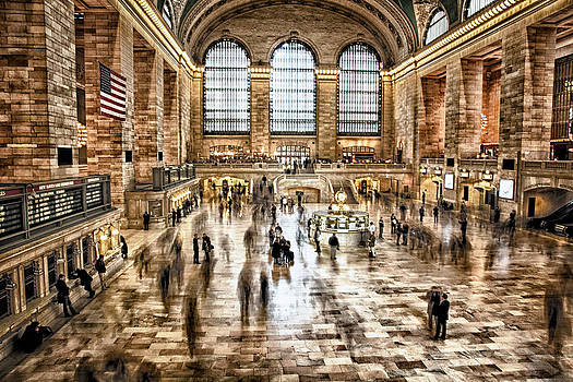 Grand Central by Esther Branderhorst