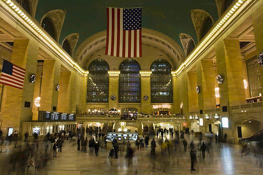 Grand Central Station NY by Pier Giorgio Mariani