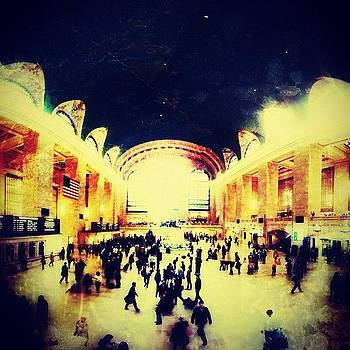 #grandcentral #gc #thehub Very Busy by Matthew Tarro