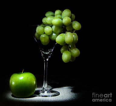 Grapes by Cecil Fuselier