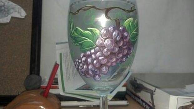 Grapes On Vine by Dan Olszewski