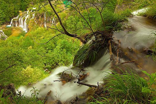 Great Falls by Miroslav  Turkalj