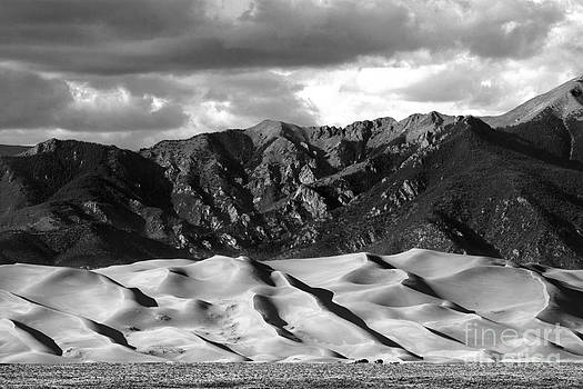 Douglas Taylor - GREAT SAND DUNES NATIONAL PARK - SHADES OF GREY