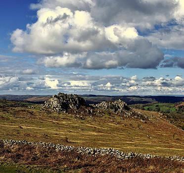 Greattor rocks on Dartmoor by Pete Hemington