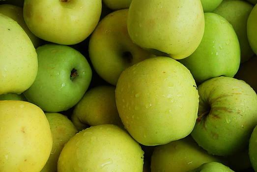 Green Apples by Mamie Gunning