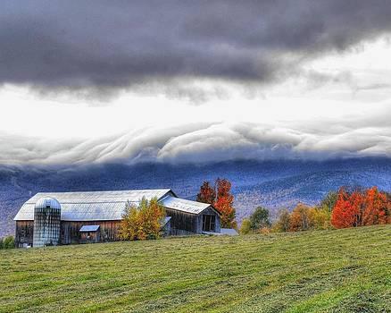 Green Mountain Cloud Cap by Philip Bobrow