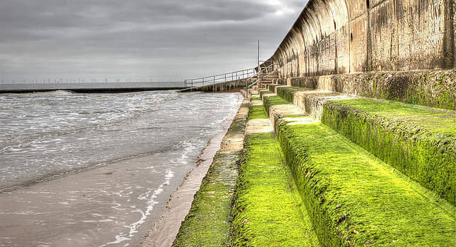 Fizzy Image - Green steps at walton beach