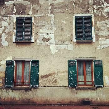 #greenshutters #oldbuilding #mourecourt by Sarah Dawson